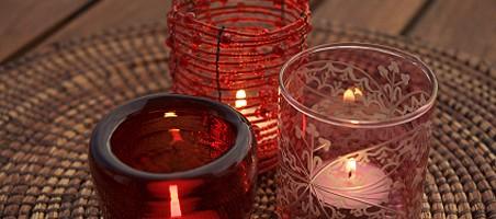 Romantische Beleuchtung auf dem Balkon