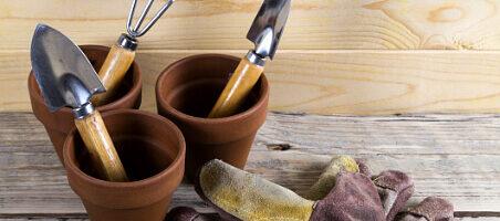 Balkonarbeiten im September - Zubehör für Gartenarbeiten
